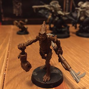 Kroot on foot with lunch, WiP