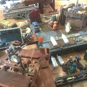 Necromunda Terrain Yakday London 2017 The Purging of the Glimmergrotto Game in progress