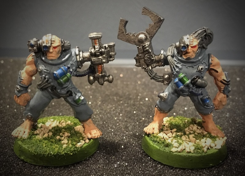 Space Wolves Servitors 01